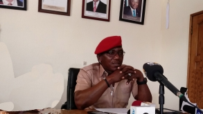 DALUNG ENCOURAGES KIDS IN SPORTS