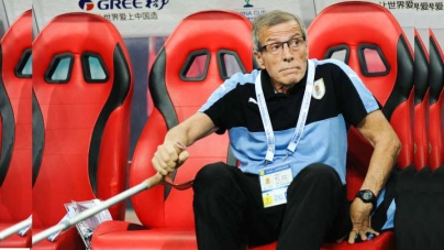WORLD CUP'S COACHING 'ELDER STATESMAN', 71-YEAR OLD TABAREZ, SIGNS NEW DEAL TILL QARTAR 2022