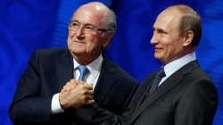 BLATTER MEETS PUTIN AT WORLD CUP