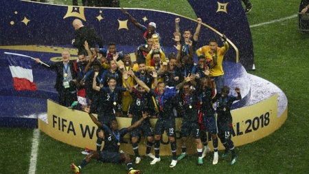 ALLEZ LES BLEUS! IT'S FRANCE AGAIN AFTER 20 YEARS