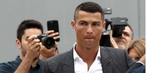 RONALDO EXPECTED IN MADRID TUESDAY FOR TAX FRAUD TRIAL