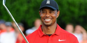 TIGER WOODS BOUNCES BACK AFTER KNEE SURGERY