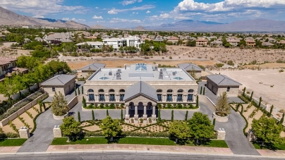 FLOYD MAYWEATHER'S NEW INCREDIBLE $10 MILLION MANSION UNVEILED