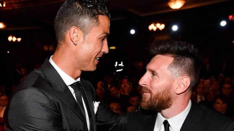 RONALDO REJECTS INVITATION TO WATCH LIBERTADORES FINAL WITH MESSI