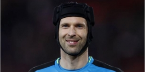 CHELSEA PLANS TO LURE PETR CECH BACK TO STAMFORD BRIDGE
