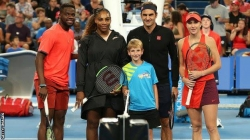 FEDERER BEATS SERENA IN MEMORABLE SEXES CLASH