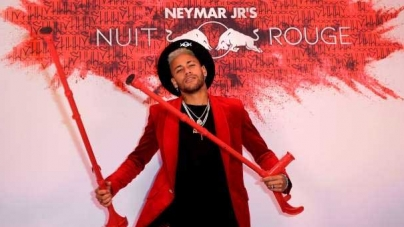 I CAN STILL PARTY! CROCKED NEYMAR CELEBRATES 27TH BIRTHDAY IN STYLE AS HIS PSG TEAM-MATES TURN OUT IN FORCE