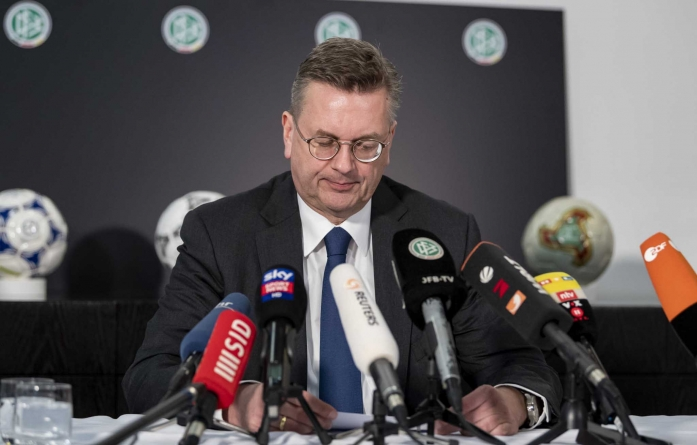 CORRUPTION: GERMAN FOOTBALL ASSOCIATION PRESIDENT, GRINDEL RESIGNS