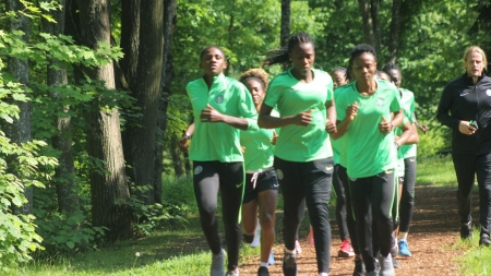 FRANCE 2019: SUPER FALCONS RUN IN THE WOODS