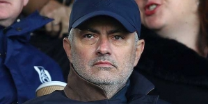 MOURINHO TIPS SPURS FOR TOP-FOUR PREMIER LEAGUE FINISH