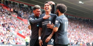 LIVERPOOL SURVIVE SCARE AT SOUTHAMPTON TO MATCH RECORD RUN