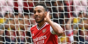 AUBAMEYANG SETS ARSENAL RECORD WITH 50TH PREMIER LEAGUE GOAL