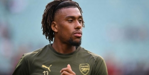 ALEX IWOBI UNDERGOING MEDICAL AT EVERTON AHEAD OF SHOCK £38M MOVE