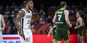 FRANCE BAG BACK-TO-BACK FIBA WORLD CUP THIRD-PLACE FINISH