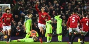MAN UTD END LIVERPOOL'S PERFECT RUN