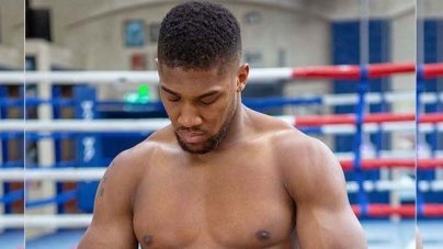 ANTHONY JOSHUA SLIMS DOWN AHEAD OF NEXT SATURDAY'S REMATCH WITH RUIZ
