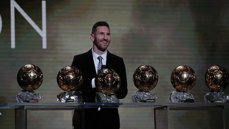 LIONEL MESSI REACTS TO SIXTH BALLON D'OR WIN