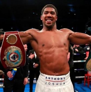 ANTHONY JOSHUA PROPOSES TO FIGHT IN NIGERIA AS PRESIDENT BUHARI PREPARES TO   RECEIVE HIM