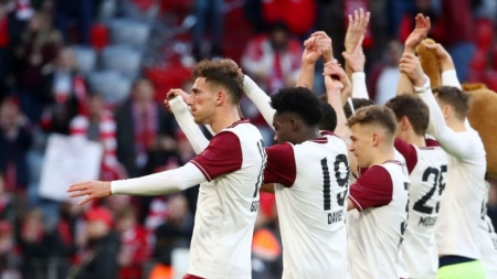 BAYERN MUNICH, OTHER GERMAN BUNDESLIGA CLUBS, TAKE PAY CUT