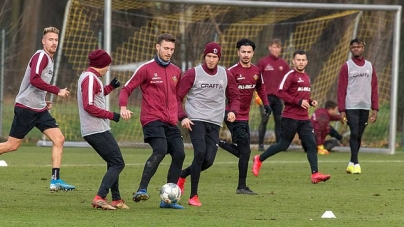 GERMAN LEAGUE THROWN INTO CONFUSION AS ENTIRE CLUB SQUAD IS QUARANTINED A WEEK TO RESTART