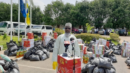 NFF TO DISTRIBUTE MASKS, GLOVES, SANITIZERS IN LAGOS, ABUJA