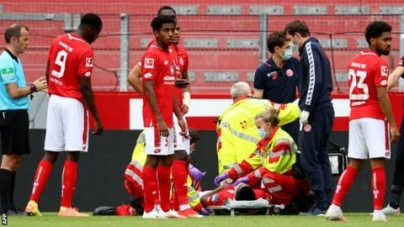 TAIWO AWONIYI REGAINS CONSCIOUSNESS AFTER COLLISION IN BUNDESLIGA MATCH