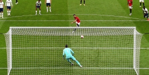 MAN UTD NEAR RECORD FOR MOST PENALTIES IN PREMIER LEAGUE SEASON