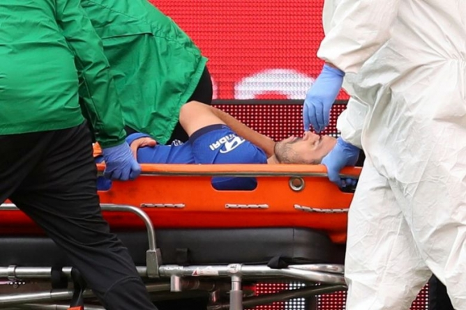 PEDRO BIDS EARLY FAREWELL TO CHELSEA AFTER SURGERY